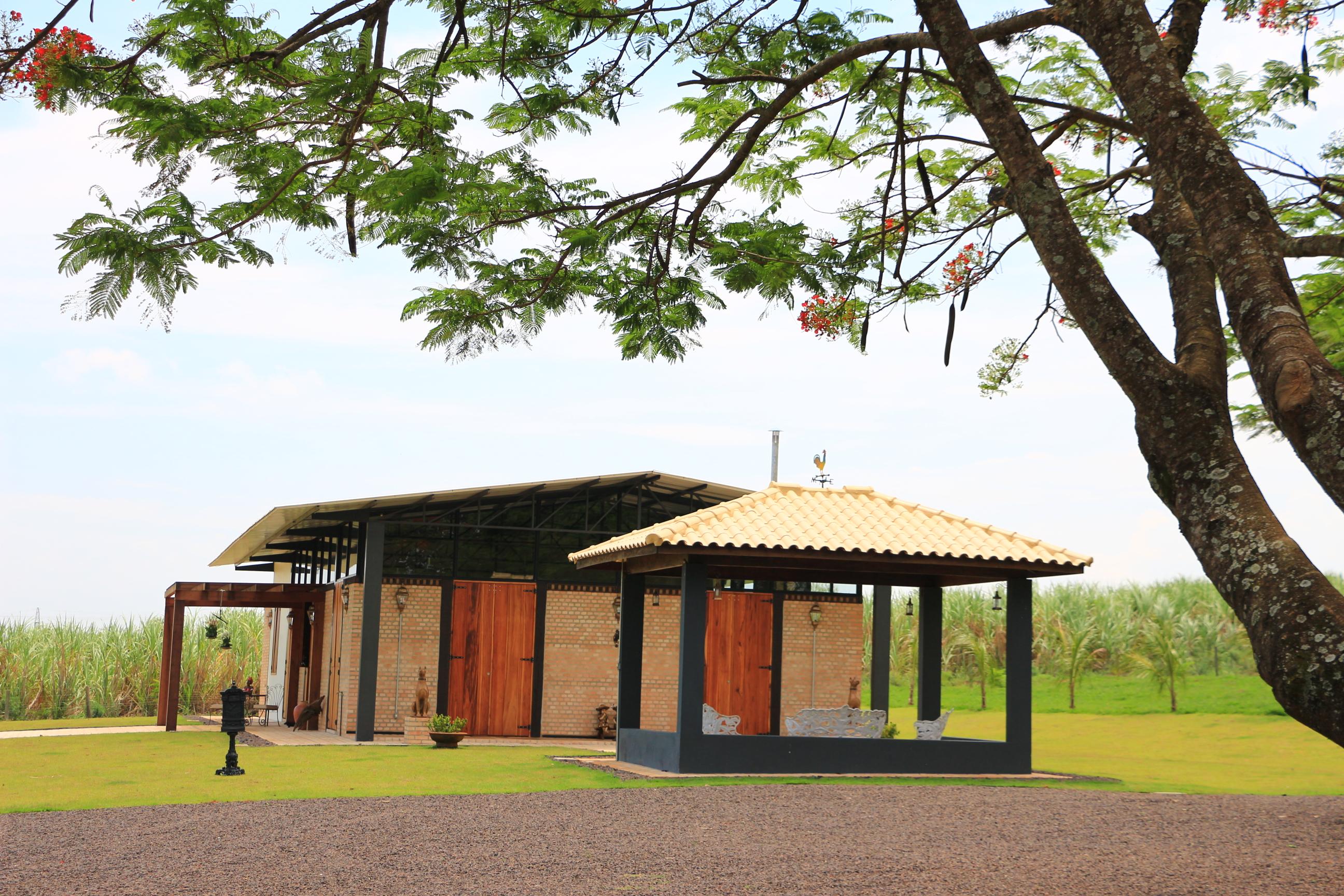 CASA GALPÃO (UM LOFT NO CAMPO) « TETO Arquitetura Sustentável e  #794128 2592x1728 Arquitetura Sustentavel Banheiro
