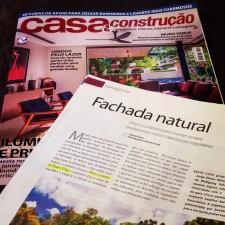 Revista Casa & Construção  n°.109, Editora Escala _Seção Paisagismo_Fachada Natural_ páginas 20 à 25_Outubro de 2014