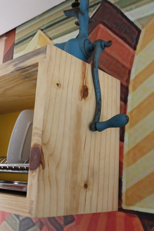 DEPOIS: Detalhe do escorredor de louças