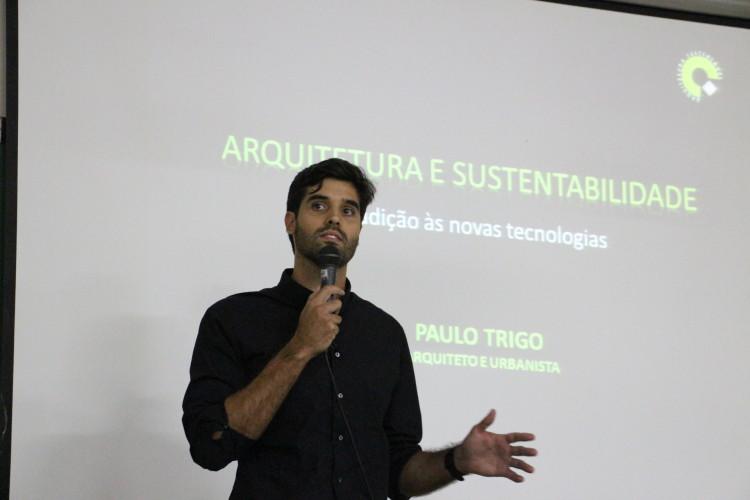 Palestra na IX Semana Acadêmica do curso de Arquitetura e Urbanismo da UEL | Universidade de Londrina | Setembro 2013